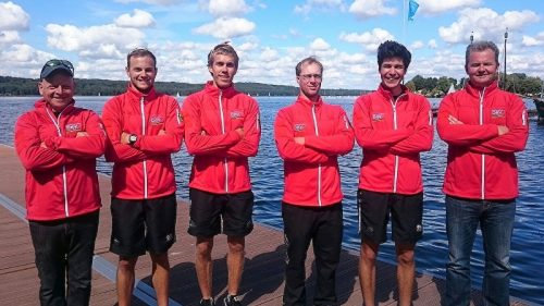 v.l.n.r.s: Martin Strohmenger (Trainer), Patrik Stöcker (Bug), Florian Roller, Johannes Ursprung, Cedric Kulbach (Schlag), Ralf Hollmann (Bootstrainer)